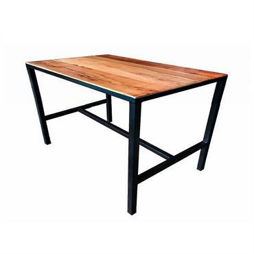 Table de repas rectangulaire : 110 cm de longueur. Table dans un style industriel épuré qui accepte tous styles de chaises qu'elles soient en acier, bois, cuir, transparent. . . ...