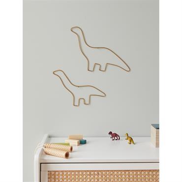 2 dinos fins et dorés. Une déco murale légère, mignonne et originale pour habiller un mur, une porte, un placard... Détails Lot de 2 dinosaures de 2 tailles différentes : ...