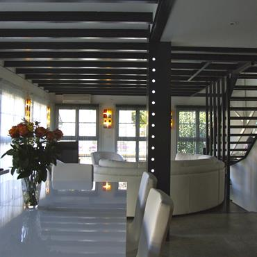 Un loft dans une ancienne usine peut devenir un petit appartement très sympa !  Domozoom