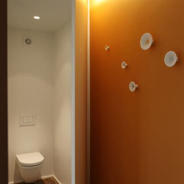 Transformation de trois espaces de même superficie disposés à chaque étage d' une maison de maître classée et située dans ... Domozoom