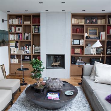 L'agence d'architecture d'intérieure PH2B (www.ph2b.com/) a voulu donner une touche résolument moderne à un appartement parisien ancien, par l'utilisation de ... Domozoom