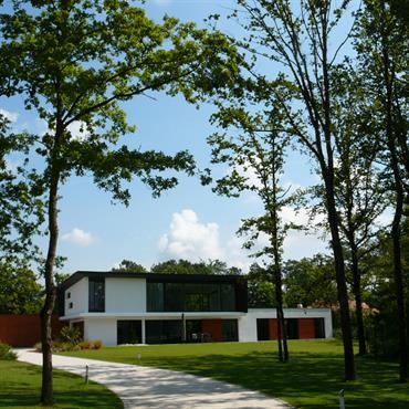 Création d'une maison d'habitation.  Domozoom