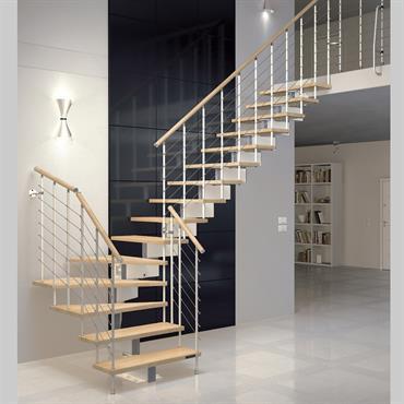 Escalier bois et blanc d'intérieur