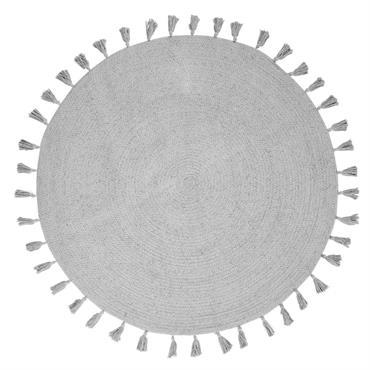 Le tapis rond à pompons en coton gris D100 NINA risque de faire tourner la tête de votre fille ! Entre sa forme ronde, son gris délicat, ses pompons placés ...