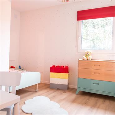 Chambre de garçon, rénovation et ameublement, réalisée par Nuance d'Intérieur.