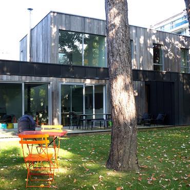 La maison se situe à Roubaix, en Zone de Protection du Patrimoine Architectural, Urbain et Paysager. Elle est en vis-à-vis ... Domozoom