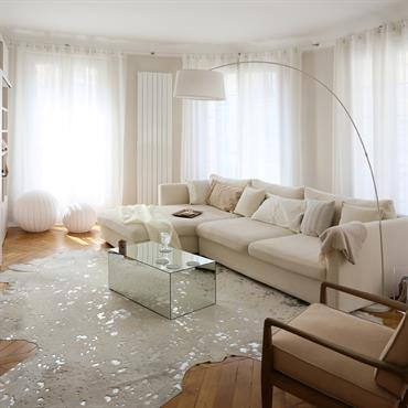 Refonte complète de cet appartement situé dans le 17ème pour créer un cocon familial empreint de douceur tout en étant ... Domozoom