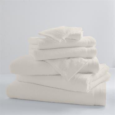 Drap de douchede 100 x 150 cmqui deviendra indispensable pour sortir de la douche.100% coton peigné (600g/m2) avec un grand pouvoir absorbant, esthétisme et confort s'allient pour vous proposer un ...