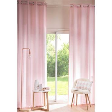 Protégez-vous des regards indiscrets tout en habillant vos fenêtres avec le rideau à illets en lin lavé vieux rose . Il apportera douceur et féminité dans votre intérieur en un ...