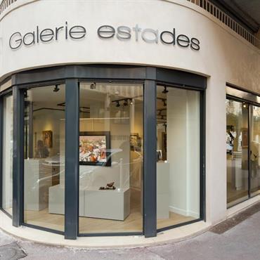 Réhabilitation d'une galerie d'art, 131m², Toulon. Conception, maitrise d'ouvrage.  Domozoom