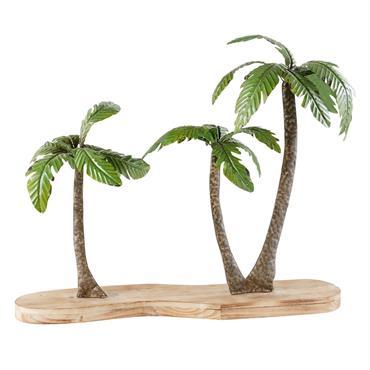Les tropiques s'invitent chez vous avec la statue PALMIRA . Composée d'une base en bois, elle accueille trois palmiers en métal vert et marron. Posée sur un buffet ou une ...