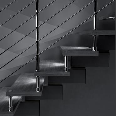 Escalier bois et blanc pour mezzanine