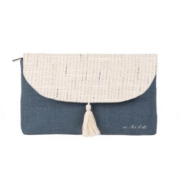 Pochette en lin et coton bleu avec pompon