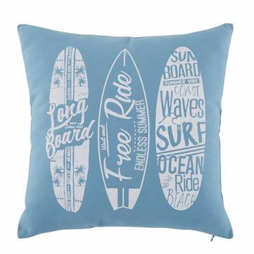 GLISSEZ SUR LA TENDANCE Prenez la vague déco en adoptant dès maintenant le coussin en coton imprimé bleu BARREL . DANS LE VENT Orné d'imprimés planches de surf, ce coussin ...