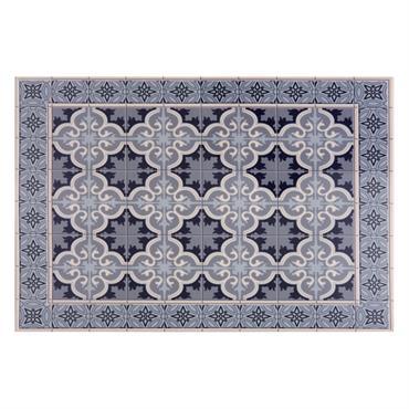 Aussi utile que décoratif, le set de table en vinyle motifs carreaux de ciment VILA mêle charme et authenticité pour vous séduire. Il conviendra à tous les styles d'intérieur, et ...