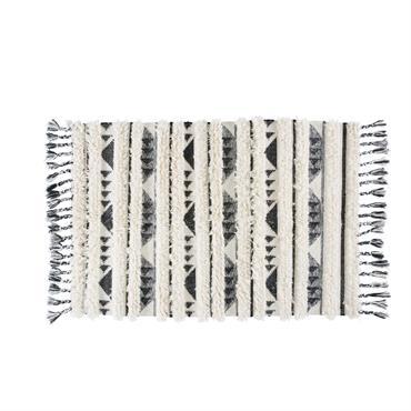 À la recherche de la pièce maîtresse de votre déco ? Succombez à l'art traditionnel marocain grâce au tapis berbère en laine 160x200 RAMILIA . Idéal au pied de votre ...