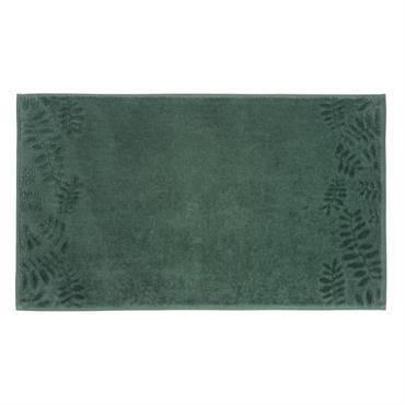 Le tapis de bain en coton vert motifs feuilles BOTANIC vous offrira tout le confort et la douceur que vous recherchez. Épais et accueillant, il sera indispensable lors de la ...