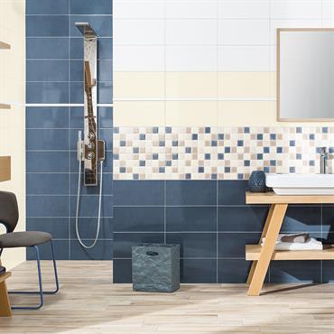 Grande salle de bains aménagée avec du carrelage Chloé