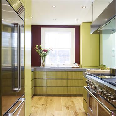 Cuisine sur-mesure en béton, centre de Londres Plan de travail en Beton Lege® sur-mesure, évier monté sous plan de travail  ... Domozoom