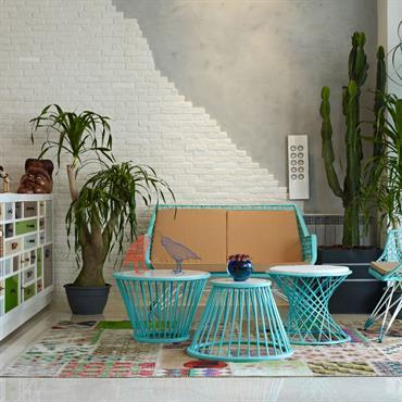 Bienvenue dans des salons aux ambiances personnalisées par des décors muraux pour le moins inventifs. Papier peint, tableau mural, habillage ... Domozoom