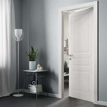 FerreroLegno interprète et révolutionne les portes postformées classiques en créant la collection Mixy. Elle combine un panneau laqué de très haute qualité et ... Domozoom