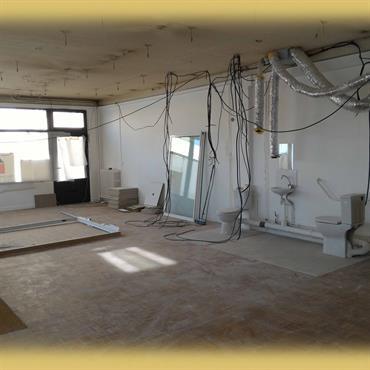Création et agencement d'un local bureau en boutique, salle de massage ayurvédique et salle de yoga  Domozoom