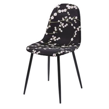 Montée sur des pieds obliques noirs, la chaise style scandinave noire motif floral CLYDE rejoindra votre salle à manger pour le plaisir de vos yeux et ceux de vos invités. ...