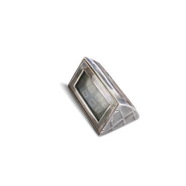 Applique à poser en métal argenté