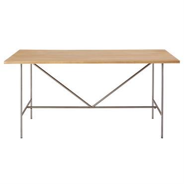Donnez le ton à votre déco avec la table à manger 6/8 personnes en manguier et métal VERDE ! Idéale pour créer une ambiance loft moderne, elle ravira les amateurs ...
