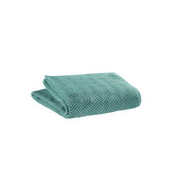 Le linge de bain ROBERTO 100% coton apporte une touche moderne grâce à son motif chevron qui fait aussi son élégance et son originalité. Une éponge de qualité, 100% coton ...