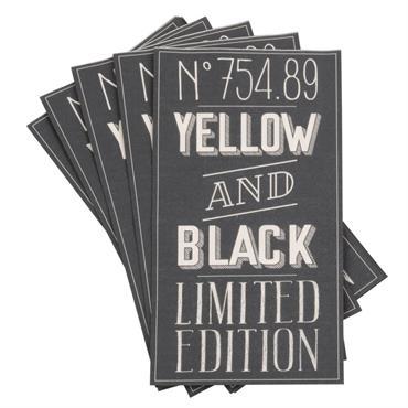 Serviettes en papier noir imprimé blanc