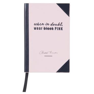 Parce que tout vaut la peine d'être noté, le carnet de notes en papier blanc imprimé noir CHANTAL THOMASS sera le compagnon idéal pour les amoureux d'écriture. Il recueillera aussi ...