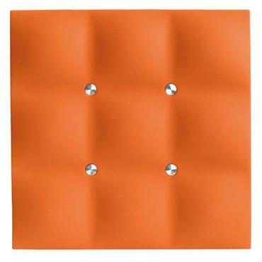Dessous de plat Eva Solo Design Orange Matière plastique 17 cm x 17 cm Original avec son effet capitonné, ce dessous de plat en silicone prend la forme d´un coussin ...
