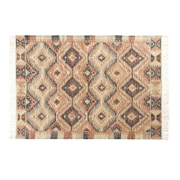 Et si vous donniez une âme à la déco du salon ? Avec le tapis kilim en jute et coton multicolore 160x230 WINONA, votre cocon baignera dans une atmosphère chaleureuse ...