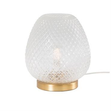 Élégance et exotisme sont au rendez-vous avec la lampe en verre strié et métal doré HUGUETTE. Pensé comme un véritable objet déco, ce luminaire se compose d'un globe en verre ...