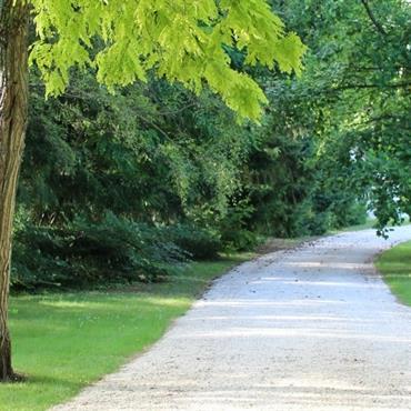 Naturel Cottage est un style inspiré du jardin à l'Anglaise. Les matériaux, les lignes, les végétaux et les aménagements ont ... Domozoom