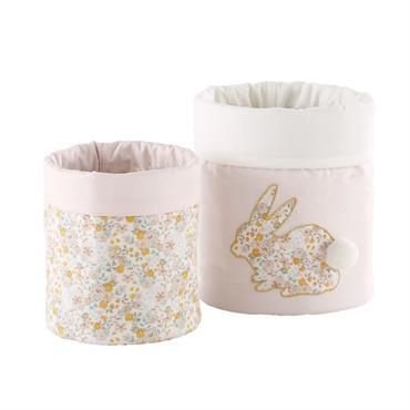 Les 2 paniers de rangement en coton motif liberty APOLLINE apporteront une jolie touche déco dans la chambre de votre bout d'chou. Déclinés en deux tailles différentes, ces paniers en ...