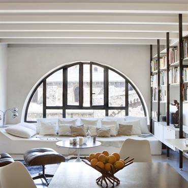 Transformer une surface de 100m² éclairée seulement par deux fenêtres orientées Nord en un loft fonctionnel et lumineux : voici ... Domozoom