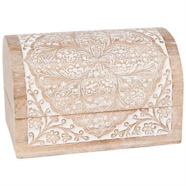 Boîte coffre en manguier sculpté et blanchi