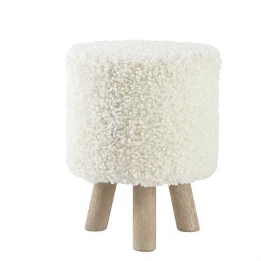 Optez pour l'originalité en douceur avec ce tabouret blanc façon laine. Construit sur une structure en bois, ce pouf est recouvert de polyester imitation laine. Pour les amoureux de la ...