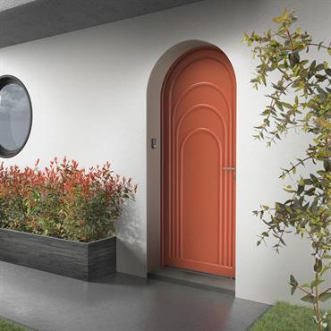 Fort de ses moulures en relief, de ses jeux de couleurs et de ses arrondis, cet effet multi portes évoque l'imagerie des « poupées russes ». Un clin d'œil original ...