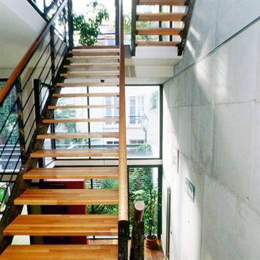 Escalier ajouré en bois