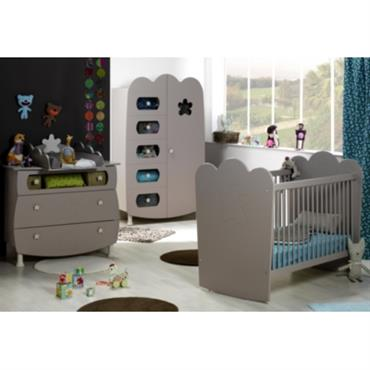 Structure des meubles : panneaux MDF laqués (vernis hydro). Finition lin. Lit : Dimension de couchage : 60 x 120 cm. Dimension hors tout : L124 x H103 x P75 ...