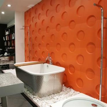 Salle de bain design et style contemporain id es et - Adhesif mural salle de bain ...