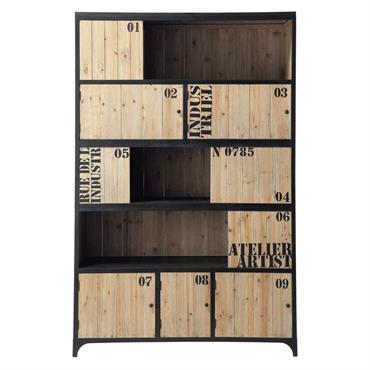 La bibliothèque indus 5 portes en sapin et métal noir DOCKS est résolument moderne et design. Comme constitué d'un assemblage irrégulier de caisses taguées, ce meuble living très déco associe ...