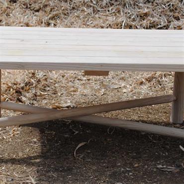 Table basse nOOn - en bois de châtaignier