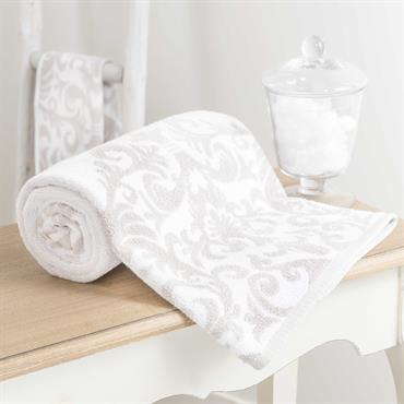 Imprimée de jolies arabesques, la serviette blanche ARISTIDE offrira une note de raffinement tout droit venue de la tradition du beau linge d'autrefois. Cette serviette de toilette en coton sera ...