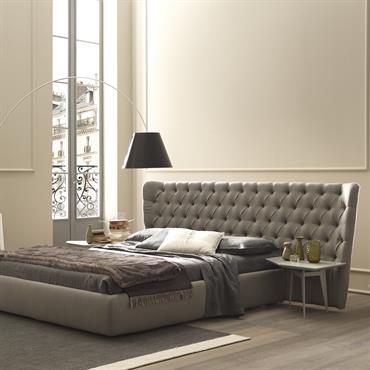 Chambre en nuances de gris