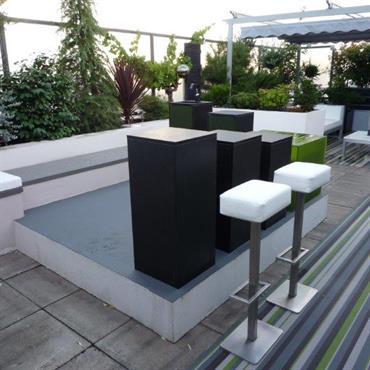 Bar design sur terrasse