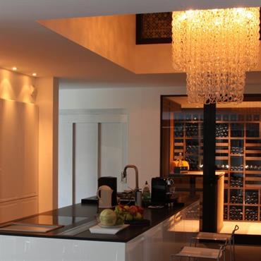 tout ce qu 39 il faut savoir pour bien am nager sa cave vin. Black Bedroom Furniture Sets. Home Design Ideas